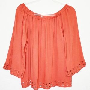 NWT THE HANGER | Off the Shoulder Blouse Top